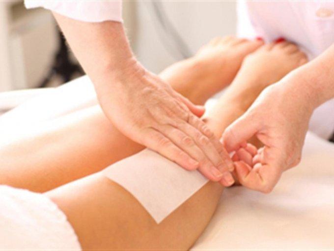 Para calmar la irritación de la depilación. Ponte un poco directo en la piel para calmar cualquier irritación.