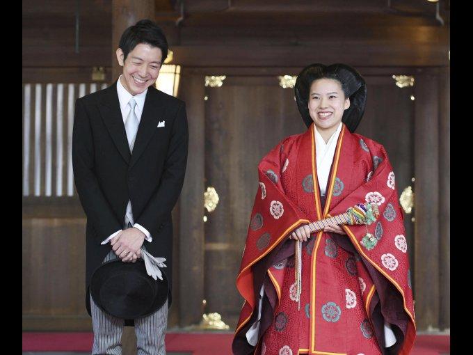 Ayako de Japón y Kei Moriya