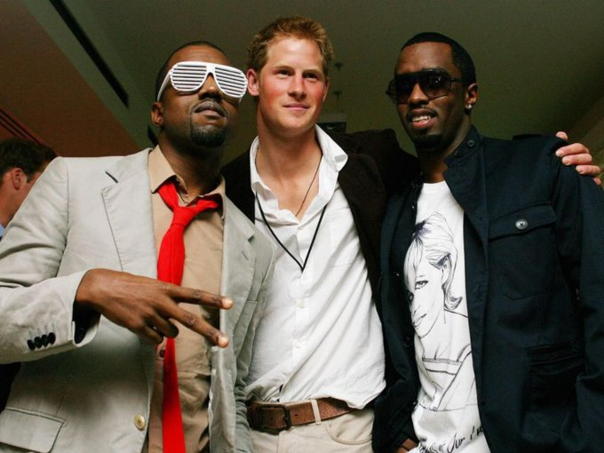 También, salió de fiesta con Kanye West