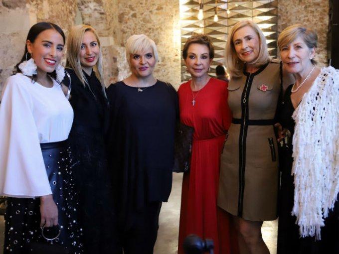 Miil Amor, Sharon Flores, Gabriela Chelala, Marta Sahagún, Sharon Corona y Violeta Hernández.
