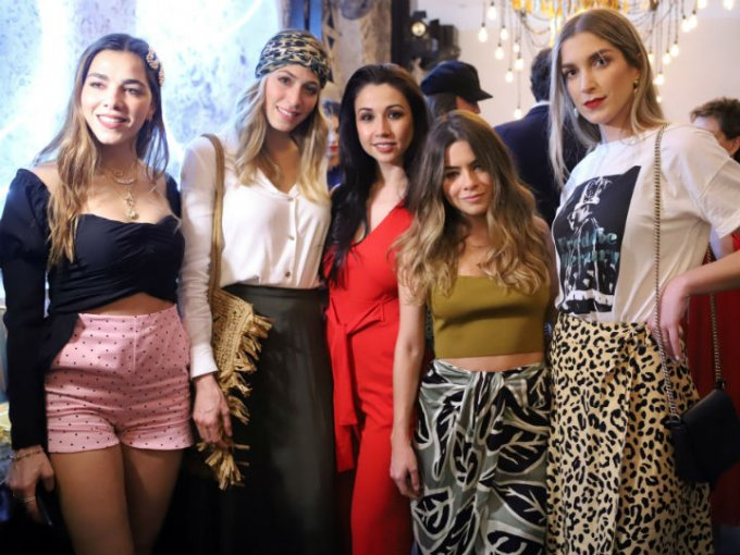 Fernanda Poli, Denisse Carraza, Karina Torres, Connie Ávalos y Paola Chedrahui.