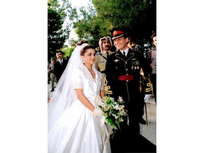 Rania Al-Yassin era una mujer común hasta que se casó en 1993 con el príncipe Abdullah II.