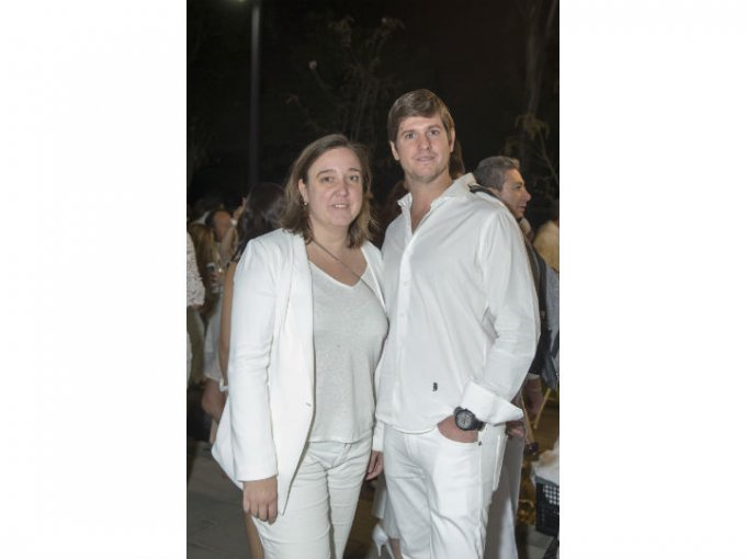 Delphine Vázquez y Carlos Pechieu.