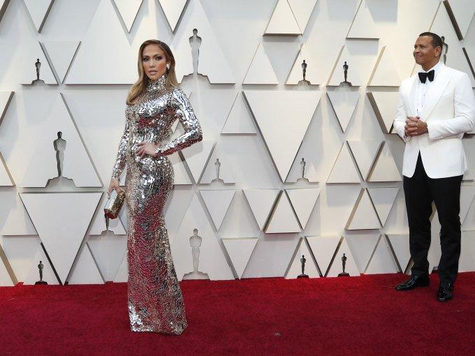 Jennifer López luce cada vez más joven.