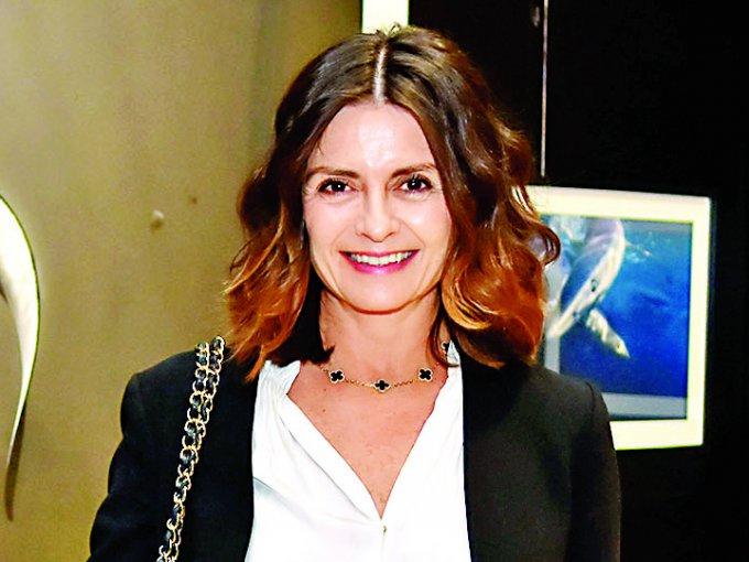 35. Mónica Quintero