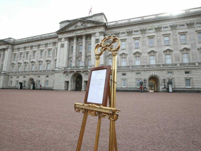 El mismo anunció se usó cuando nació el príncipe Harry, William y sus tres hijos.