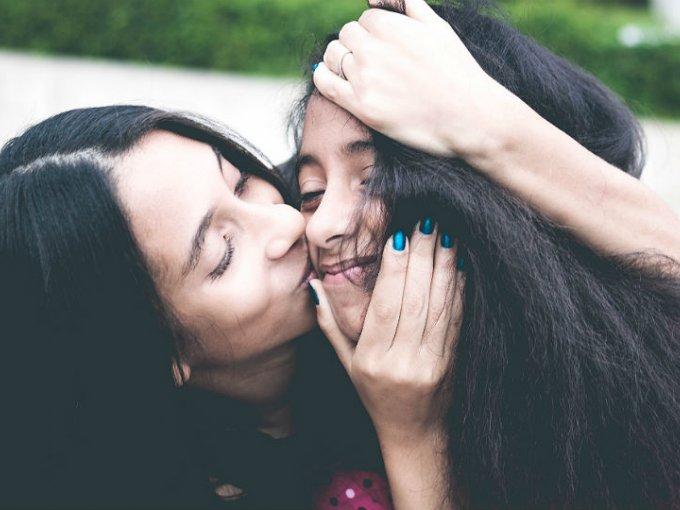 Una persona pasa, en promedio, 336 horas de su vida besando.