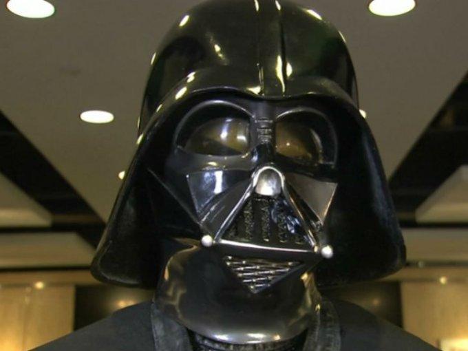 Un traje de Darth Vader creado en 1979 por el equipo de Star Wars y propiedad de un fan podría alcanzar los dos millones de dólares.
