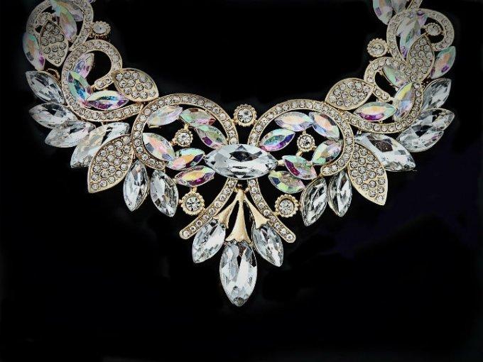 Diamantes: Su nombre significa invencible.