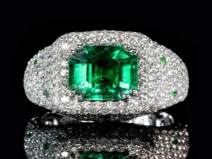 Esmeralda: Una de las piedras preciosas más cotizadas.