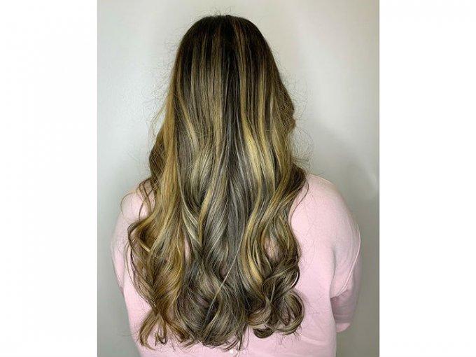 Lo mejor del foliage es que da una apariencia mucho más natural y no daña tanto el cabello.