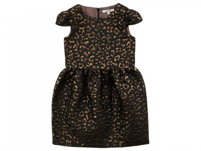 Este vestido fue diseñado por Jean Paul Gaultier y tiene un precio de 6,600 pesos.