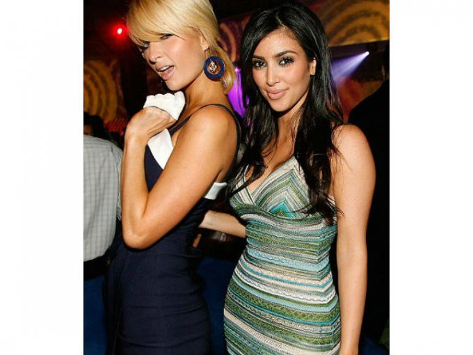 Kim Kardashian comenzó a ser conocida gracias a su amistad con Paris Hilton.