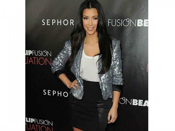 En 2009, Kim ya tenía un estilo mucho más refinado y su rostro se veía más delgado.