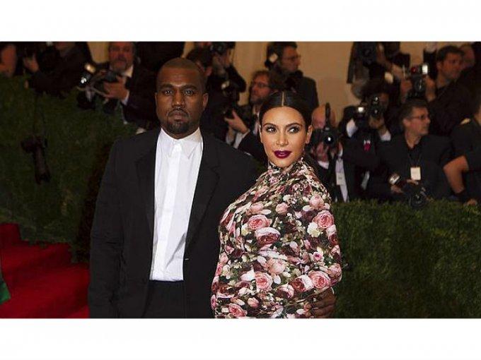 En 2015 caminó por la alfombra de la Met Gala cuando aún esperaba a su primera hija, North West.