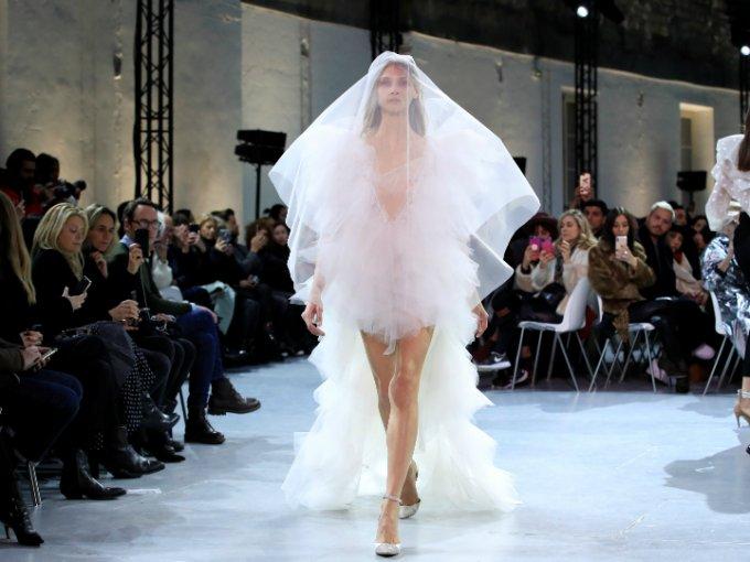Esto te puede servir de inspiración para tu vestido de novia. Mira las fotos: