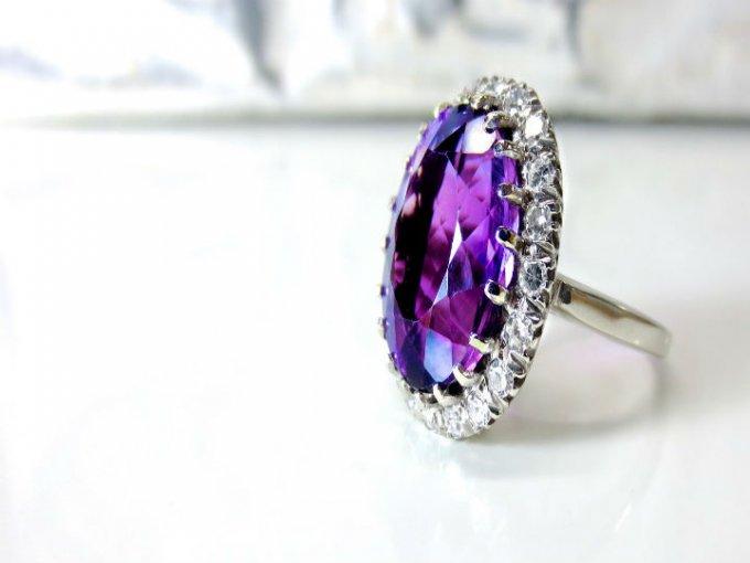 Es el mejor complemento para cualquier tipo de piedra preciosa.