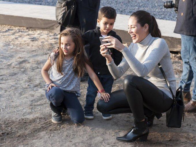 Martina y Bosco Salgado Leaño con Sofía Olson de Leaño
