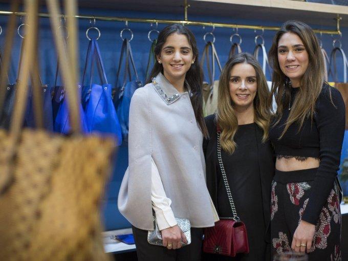 Cristina Hirmas con María y Andrea Suárez