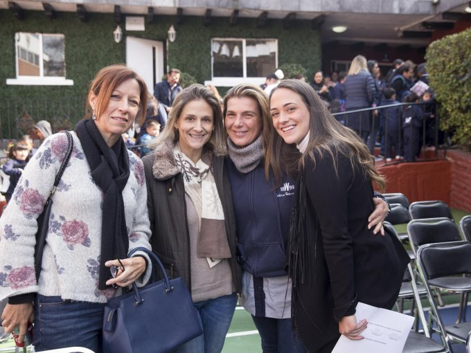 Eileen Blanchard, Paola Goicoechea, Katherine Hermans y Maite Blanchard