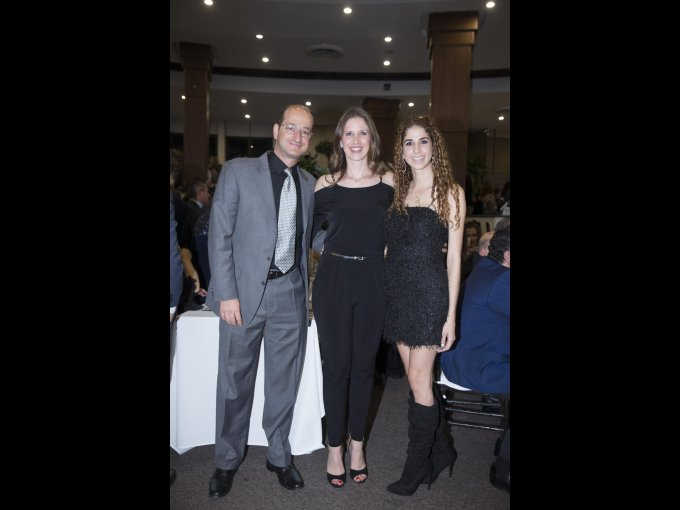 Alberto Nahum, Malaque Safar y Nicole Ramos