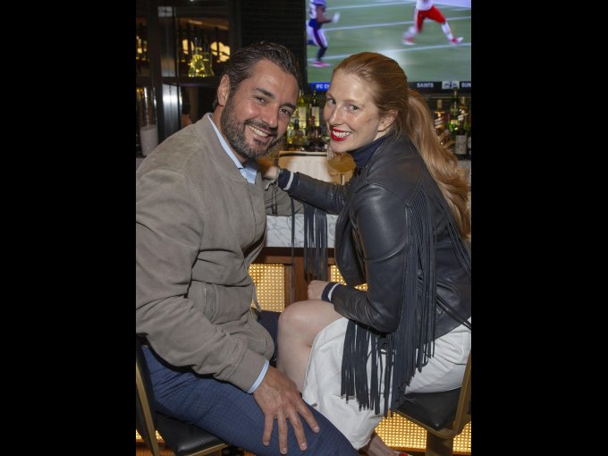 Heriberto Rodríguez y Rebecca Hope