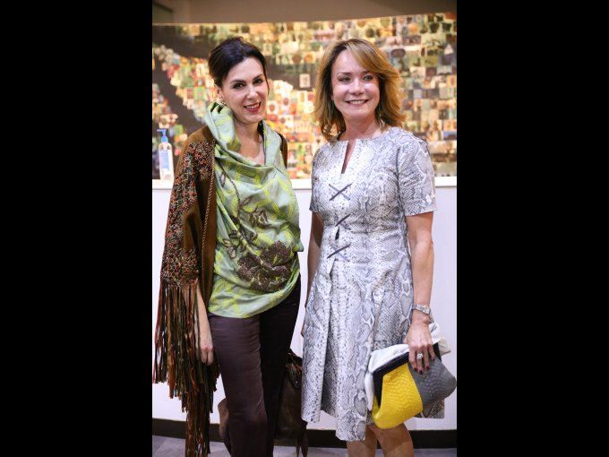 Claudia Marcucetti con Kathy Olvera