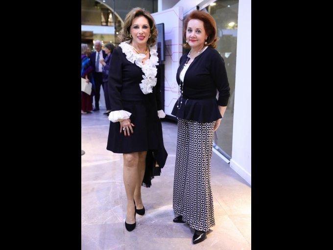 Cristina Alcayaga y Patricia Barrios Gómez