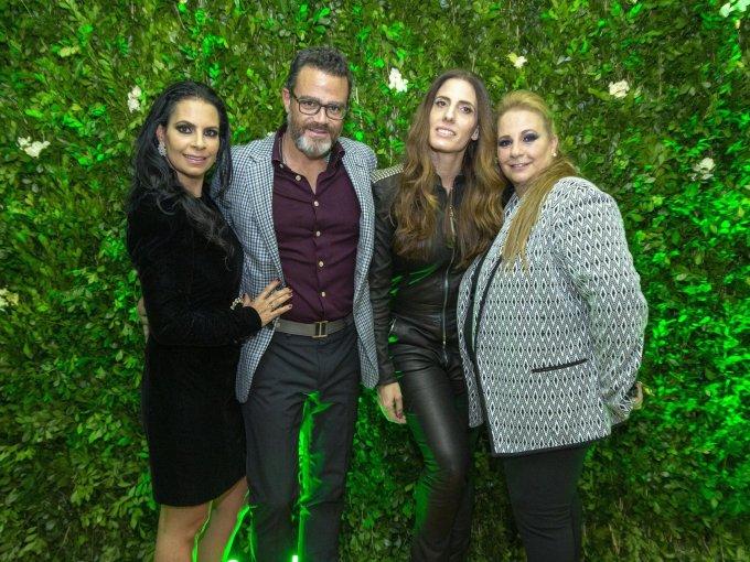 Jackie Shama, Luis y Olga Romano con Raquel Shama