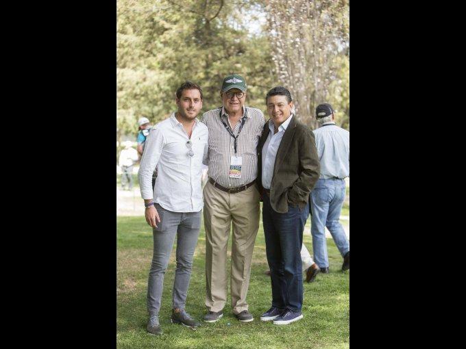 Rodrigo y Luis Manuel Peralta con Arturo García