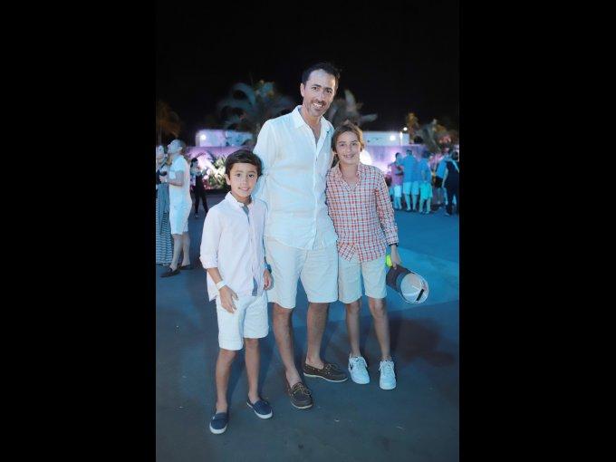 José Antonio y José Antonio Lebrija con Rodrigo Ballesteros