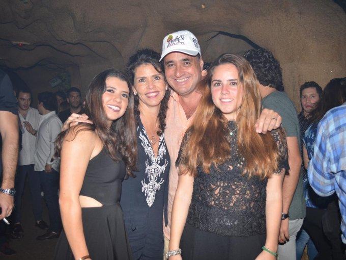 Paola Viri, Toño y Andrea Gamboa