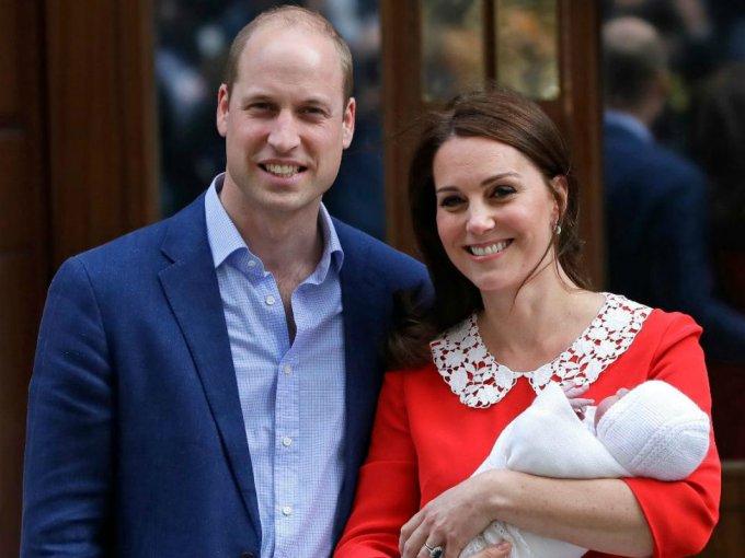 En 2018, William y Kate presentaron a su tercer hijo, el príncipe Louis.