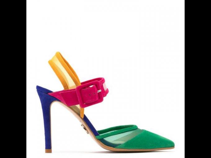 Luce tu outfit con estos colores brillantes y hermosos, Prada los trae para ti.