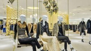 Reconocida como una de las tiendas departamentales más prestigiadas de nuestro país, el Palacio de Hierro acaba de inaugurar su treceava tienda en Querétaro, ciudad en la que el lujo, el glamour y lo último de la moda ya están presentes.