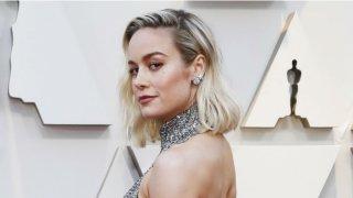 Brie Larson en la alfombra roja de los Oscar 2019.