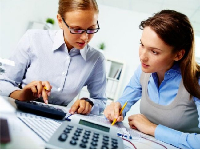 A diferencia de lo que algunos creen, para invertir no es necesario que seas todo un experto en el tema. Foto: Photos.com