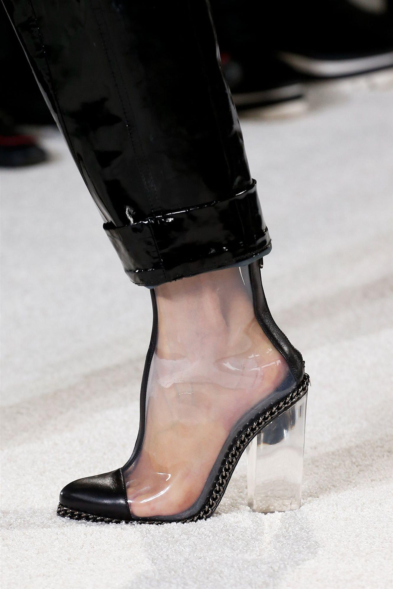 zapatos-vinilo